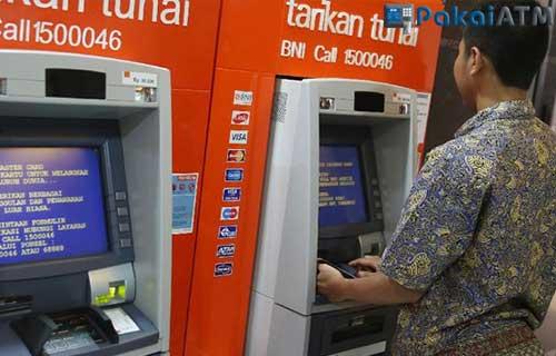 1. Lewat ATM BNI