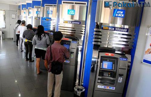 Tarik Tunai BCA Dollar lewat ATM
