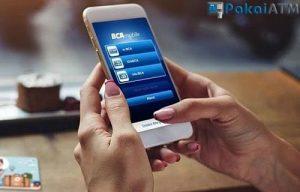 17 Cara Mengambil Uang Tanpa Kartu ATM Semua Bank 2021