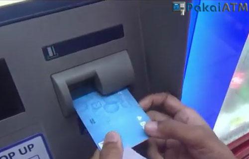 Masukkan Kartu ATM BCA