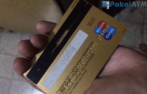 1. Kartu ATM Rusak