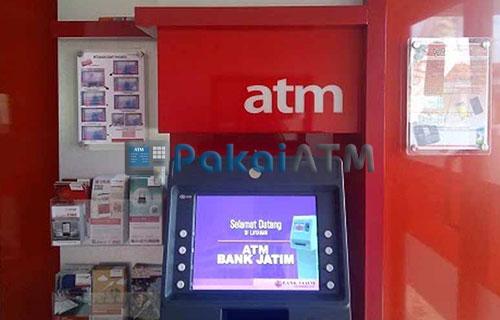 1. Kunjungi ATM Bank Jatim Terdekat