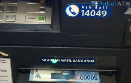 8. Ambil Uang dari Mesin ATM BJB