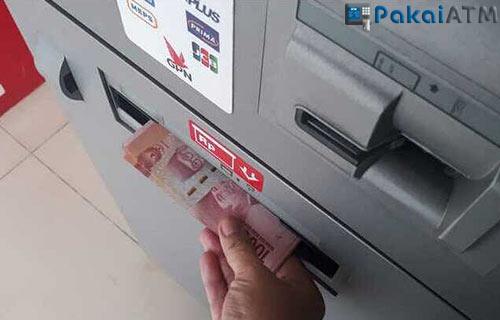 6. Mesin ATM Kehabisan Uang